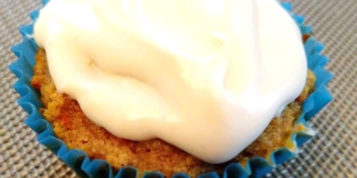 """Carrot Cupcakes with Cream """"Cheese"""" Topping (low carb or paleo)"""
