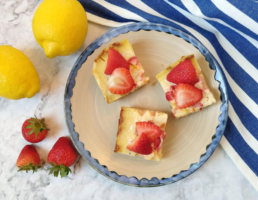 Keto Strawberry Lemonade Bars